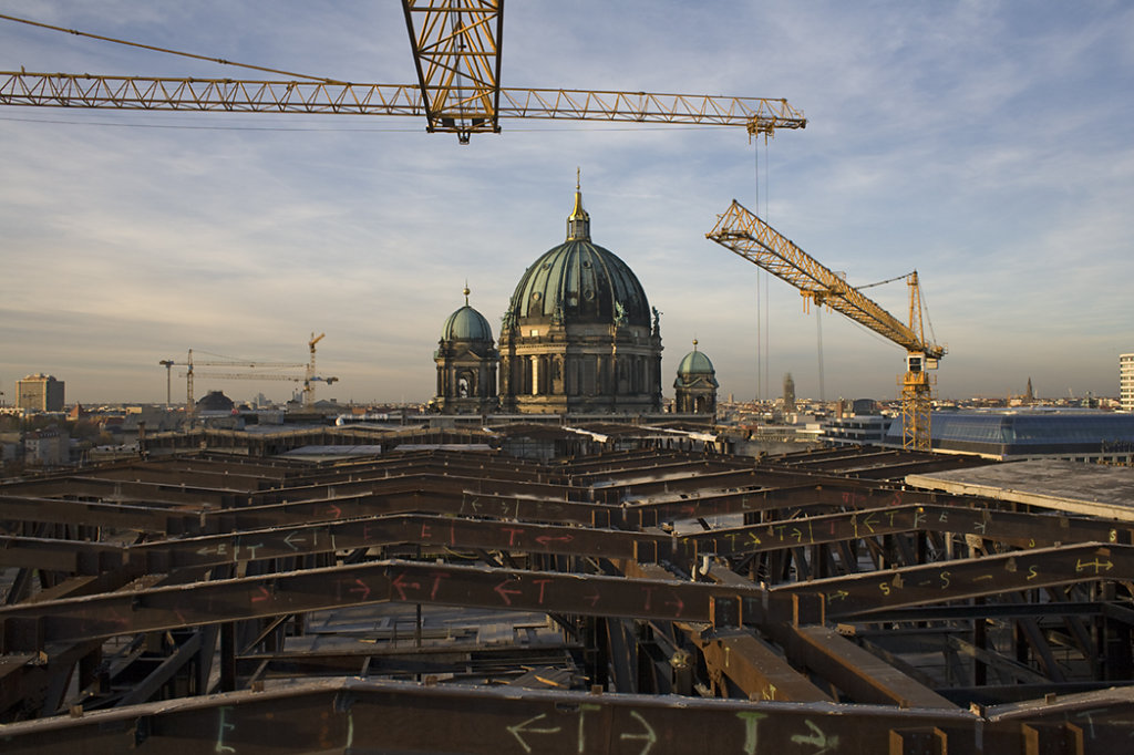 RüŸckbau des Palastes der Republik | Dismantling of the palace of the republic
